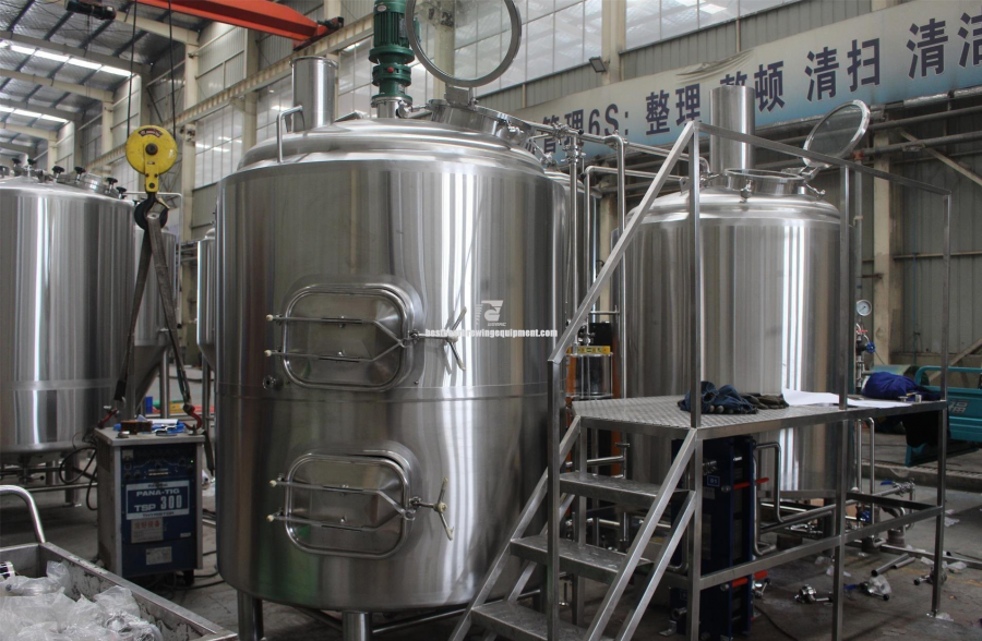 Nano brewery equipment